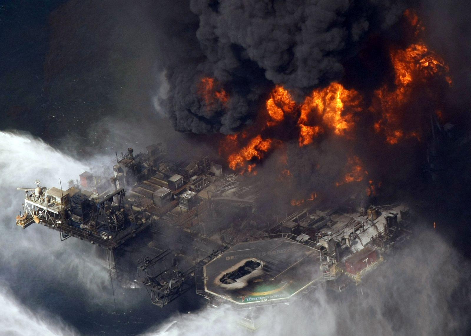 APTOPIX Louisiana Oil Rig Explosion