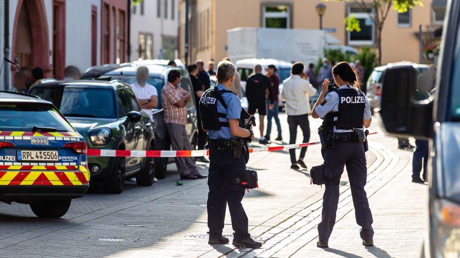 Polizeieinsatz in Worms: Der Tatort war bis in die Nacht abgesperrt