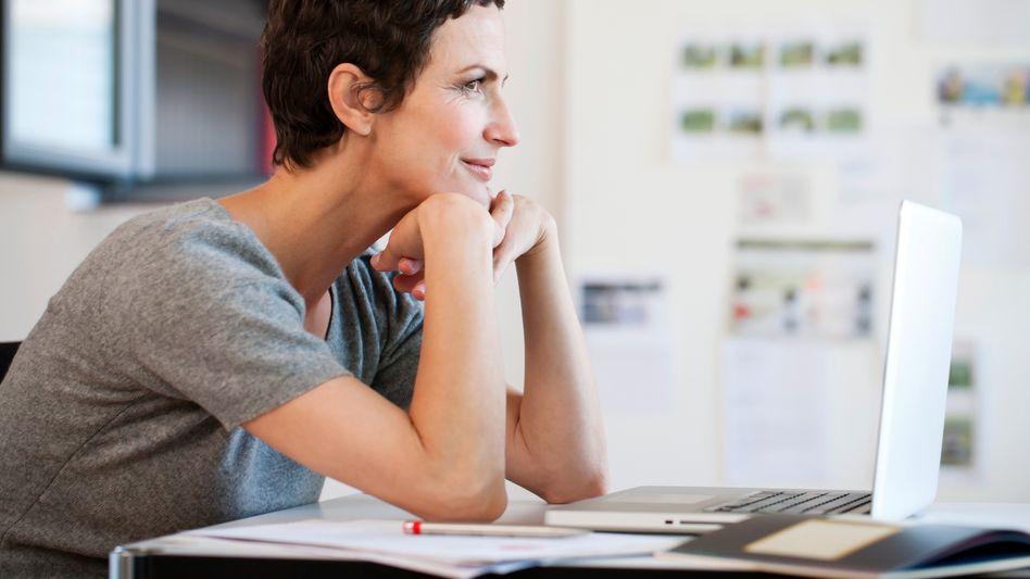 Arbeiten, wann und wo man will: So schön lebt es sich als Selbstständige (in der Theorie)