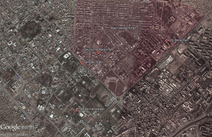 Satellitenaufnahme des Stadtteils Wazir Akbar Khan (rot eingefärbt). Dort liegt auch die deutsche Botschaft