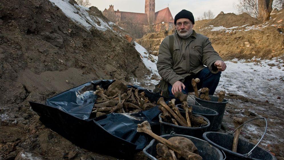 Polen: Rätsel um die Toten von Marienburg
