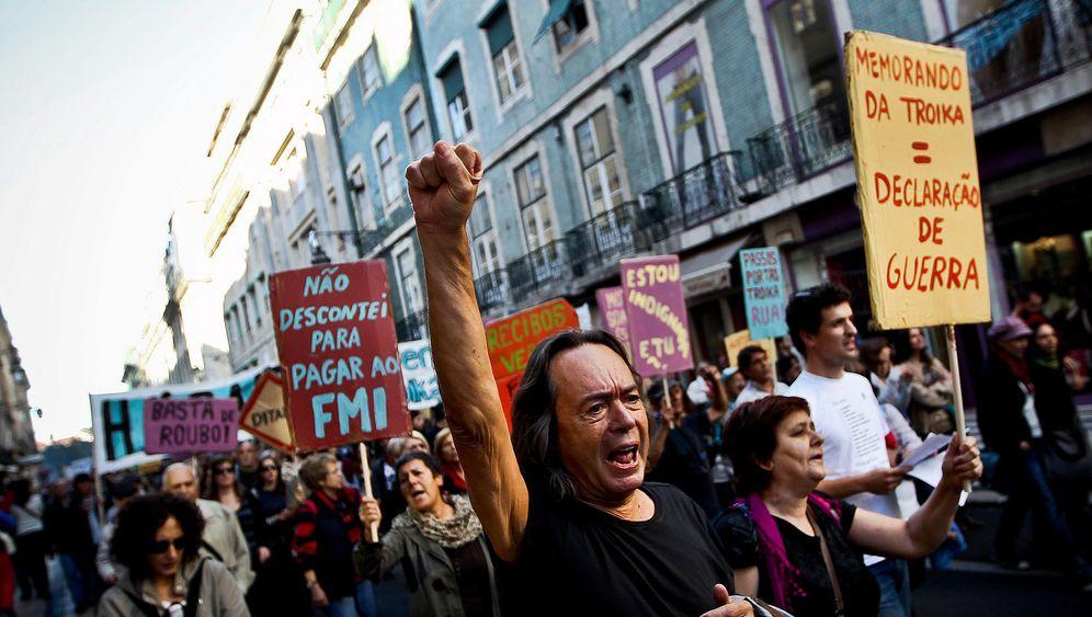Proteste in Krisenländern: Wut auf die Troikas