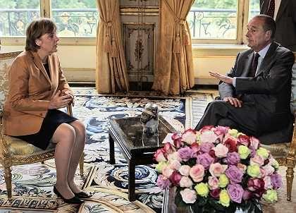 """Merkel und Chirac: """"Freundschaftliches Gespräch"""""""