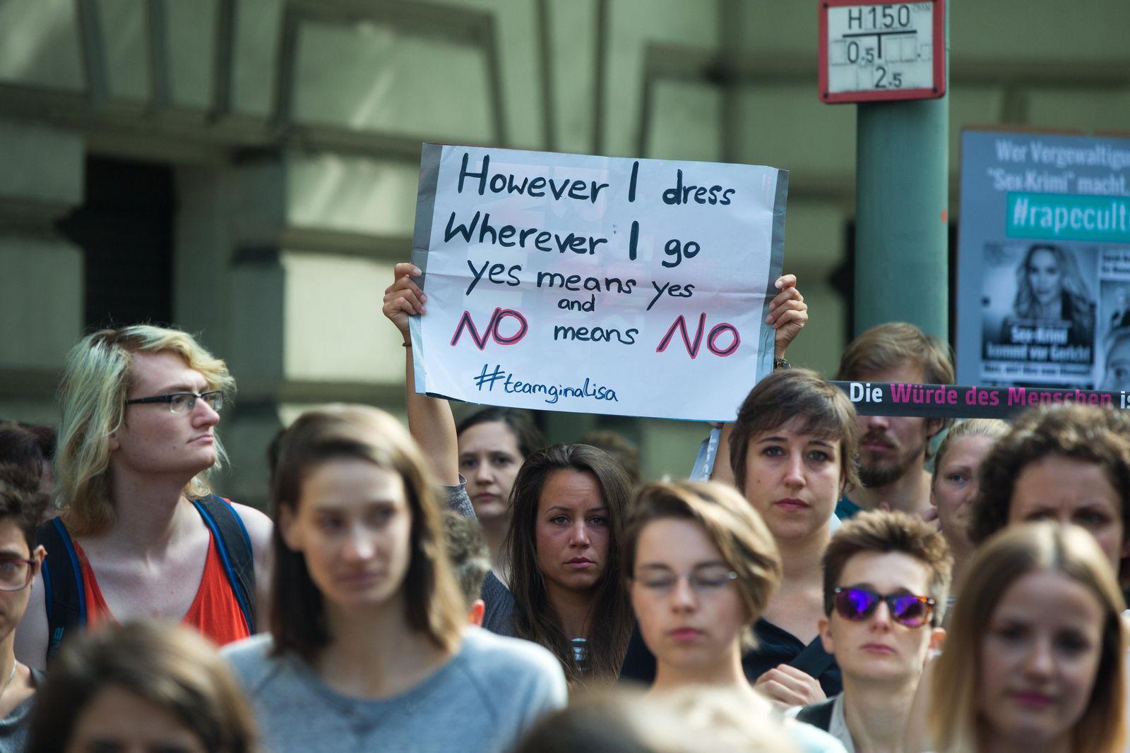 Sexualstraftat/ sexuelle Gewalt/ Protest