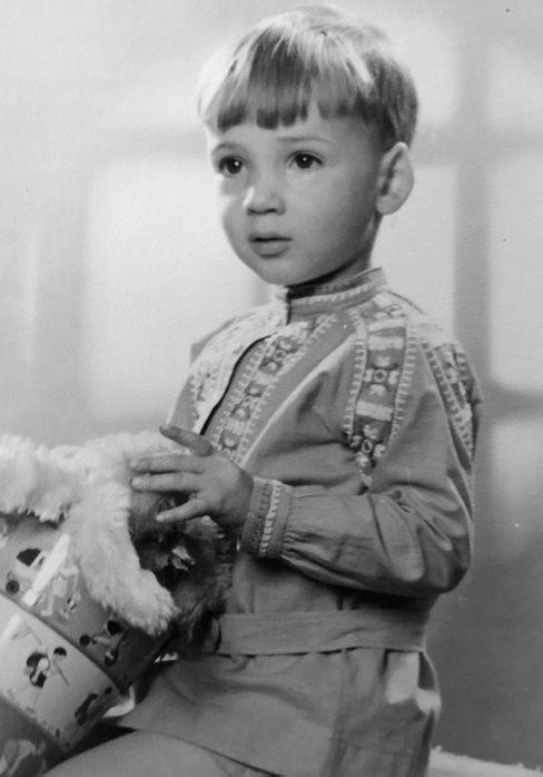 Bernd B. Liebold als Zweijähriger. Heute lebt er in Australien