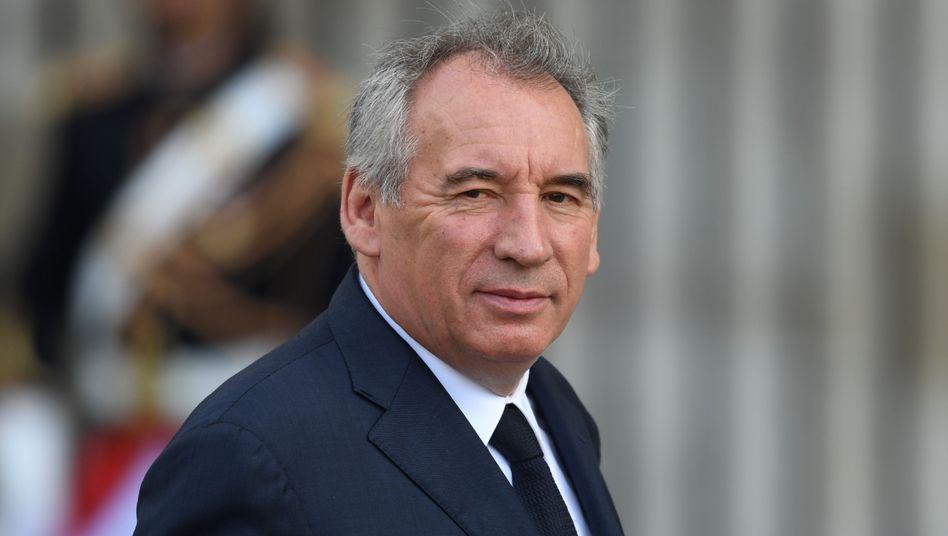 François Bayrou: Der 68-Jährige steht im Verdacht, Beihilfe zur Veruntreuung öffentlicher Gelder geleistet zu haben