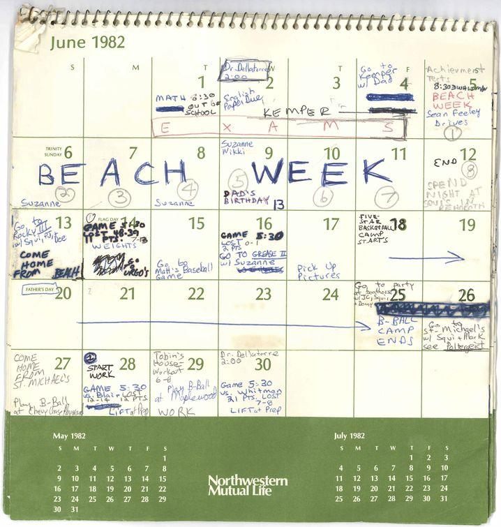 Kavanaughs Kalender, Juni 1982
