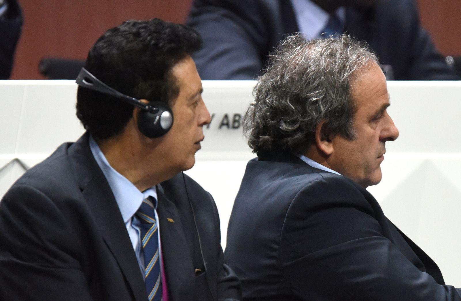 Alfredo Hawit Banegas und Michel Platini