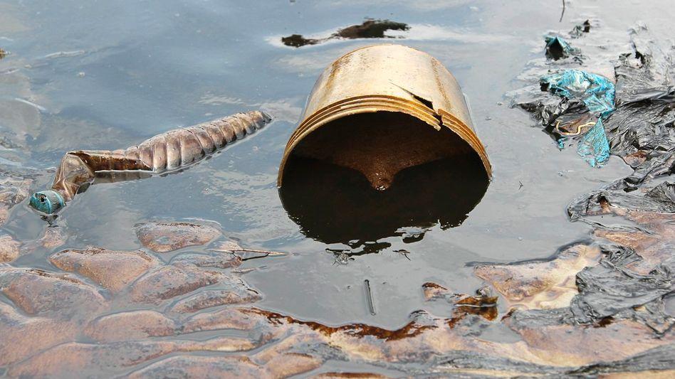Ölverschmutzung nach Pipeline-Leck in Nigeria (Archivfoto)