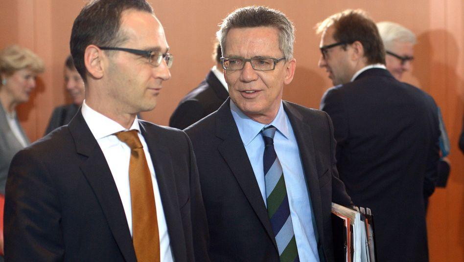 Justizminister Maas und Innenminister de Maizière: Einigung erzielt