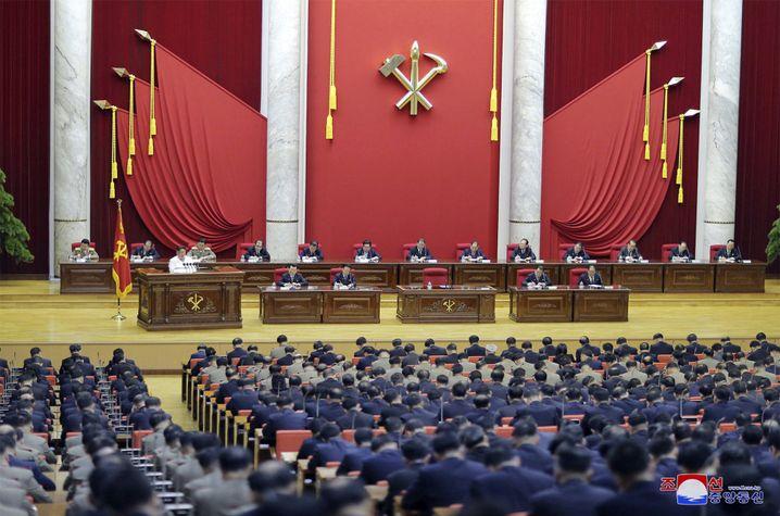 """Treffen des Zentralkomitees der Arbeiterpartei: """"Unheimlich still"""""""