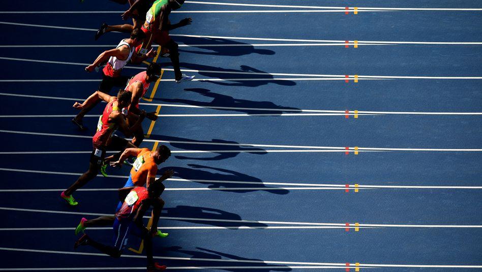 Sprint der Zehnkämpfer in Rio 2016. Vor allem in der Leichtathletik stehen noch Olympiaqualifikationen aus