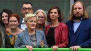 Hass im Netz hält Frauen laut Grünenchefin von Politik fern