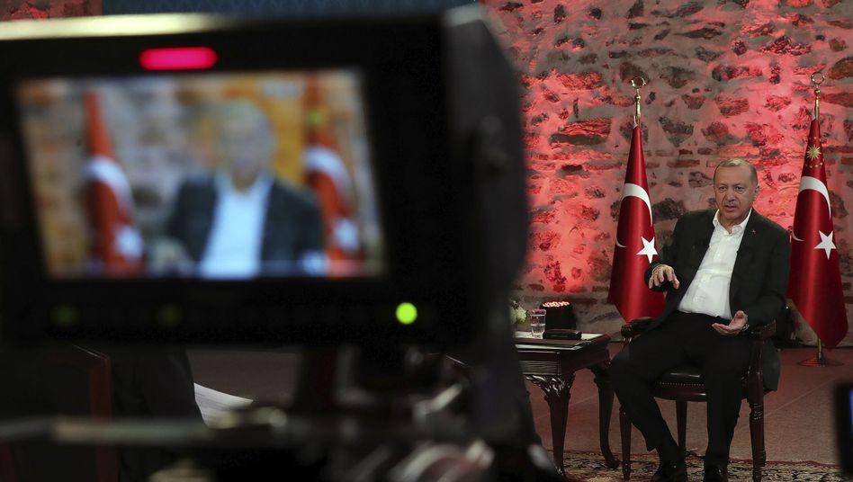 Recep Tayyip Erdogan: Verlegung von Truppen sorgt für teils heftige Kritik