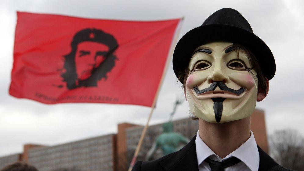 Grinsemaske: Anonymous und Guy Fawkes