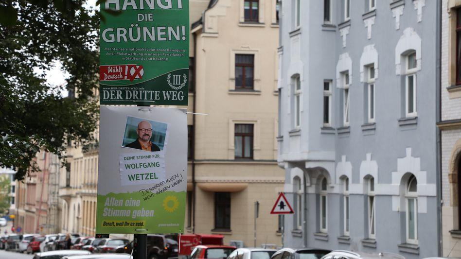 Wahlplakate von Grünen und »III. Weg« in Zwickau (Archiv)