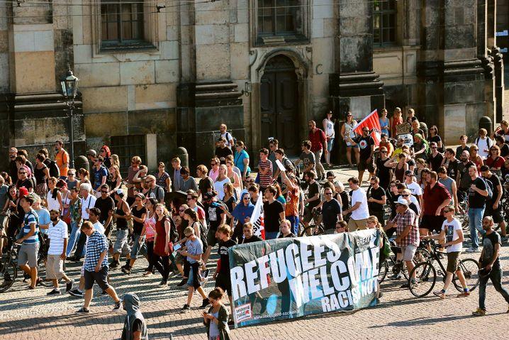 Demonstration für Solidarität mit Flüchtlingen in Dresden: Gegenargumente werden verblendet