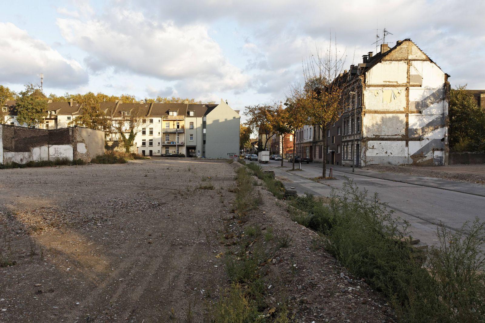 EINMALIGE VERWENDUNG Duisburg