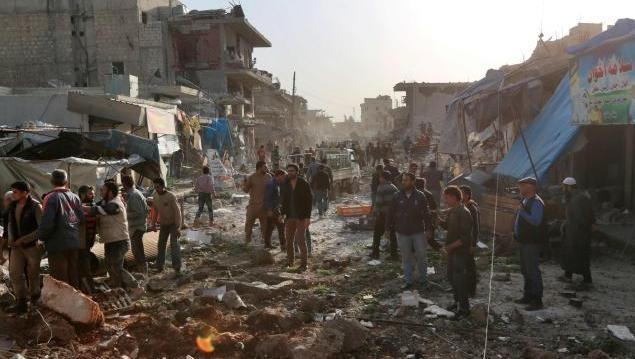 Zerstörter Markt im syrischen Atareb