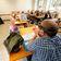 Bund und Länder wollen früheres Impfen von Lehrern und Erziehern prüfen