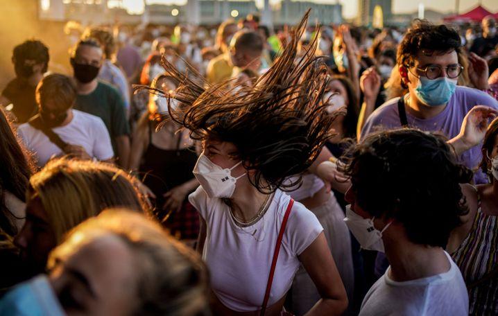 Feiernde auf dem Cruilla-Festival am vergangenen Wochenende: Die Gesundheitszentren werden überrannt