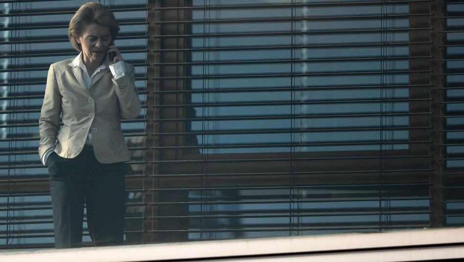 """Von der Leyen: """"Die Frage, was mit den Handys passiert ist, müssen Sie dem Verteidigungsministerium stellen"""""""