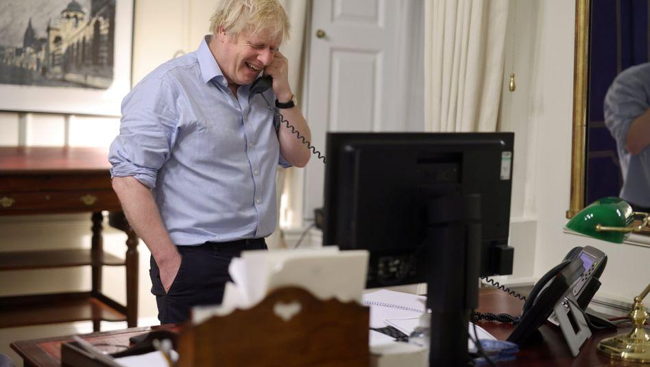 Boris Johnson bei seinem Telefongespräch mit Joe Biden