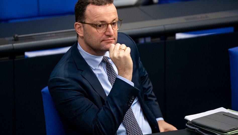 Jens Spahn im Bundestag: Ein Mann muss eine Geldstrafe zahlen, weil er den Gesundheitsminister stark beschimpfte