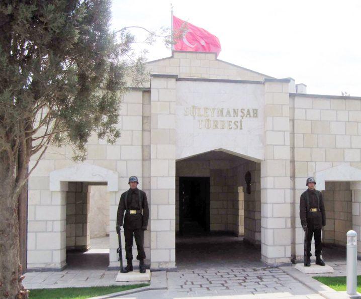 Grabstätte von Suleiman Shah (Archiv): Bedrohung durch IS war zu groß