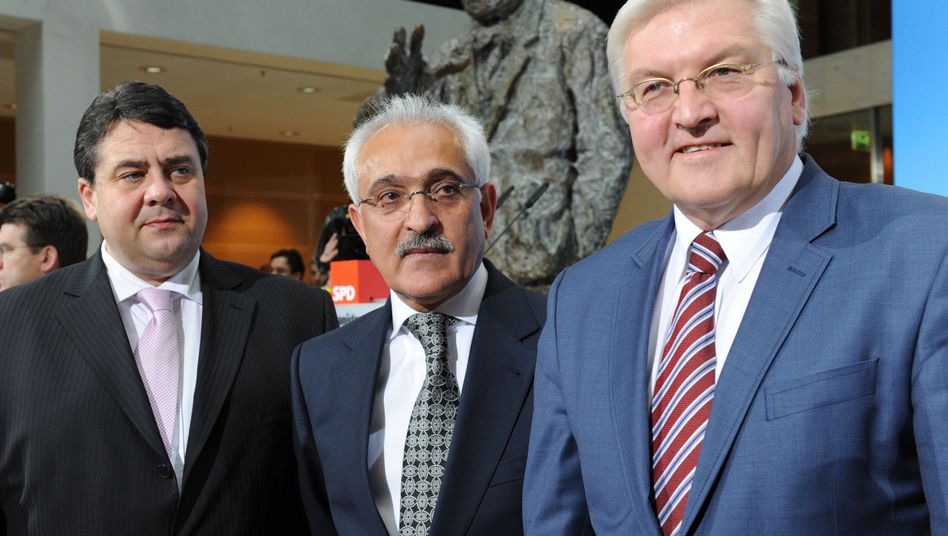 """SPD-Parteichef Gabriel, Afghanistans Ex-Außenminister Spanta, SPD-Fraktionschef Steinmeier: """"Nichts ist in Stein gemeißelt"""""""