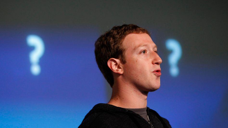 Facebook-Chef Zuckerberg (Archivbild): Frage nach den romantischen Verhältnissen