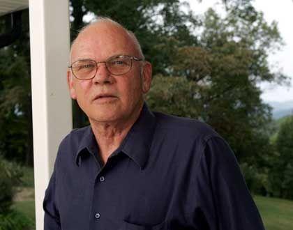 """Robert L. Helvey: """"Wollte hören, was sich diese Friedensengel und Unruhestifter ausgedacht hatten"""""""