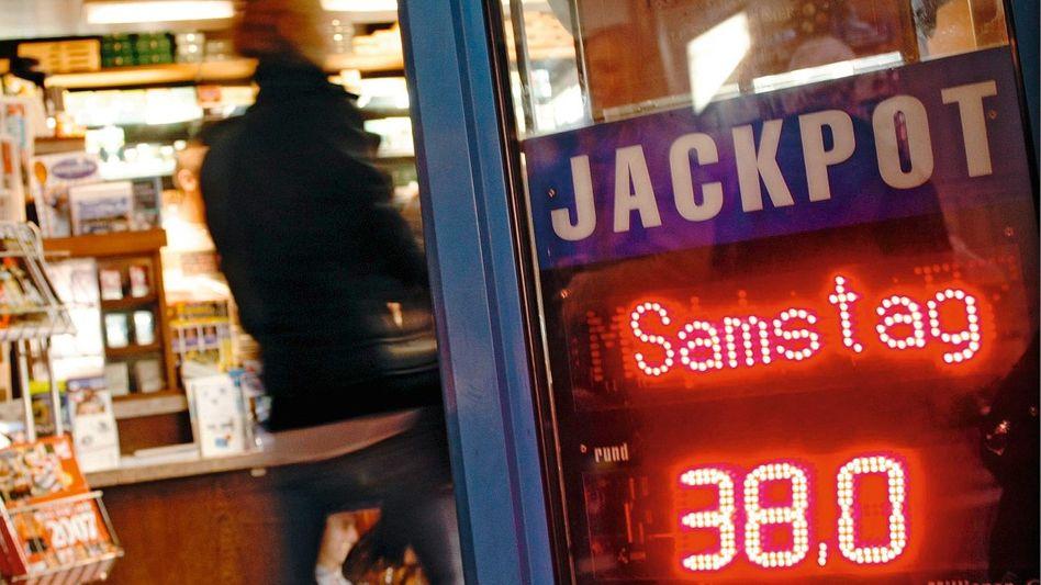 Lottowerbung: Aktive Aufforderung zum Spiel