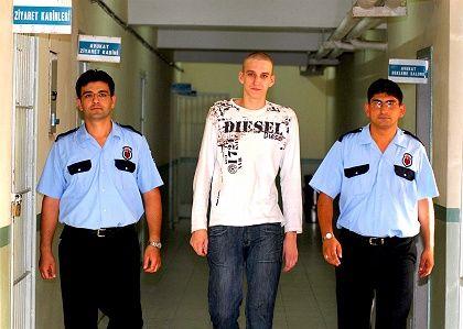 Inhaftierter Marco Weiss (l.): Verhängnisvoller Türkei-Urlaub