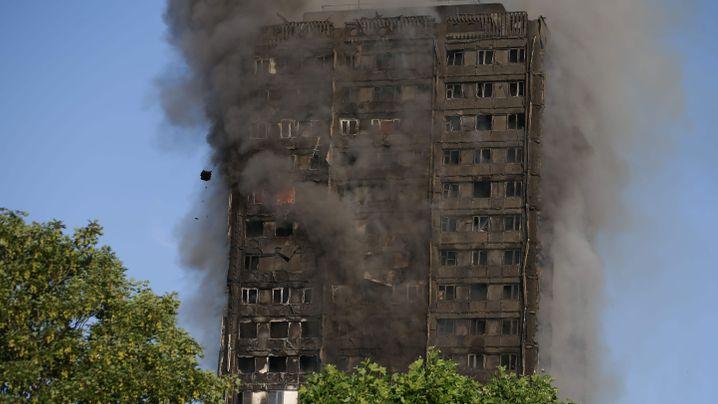 London: Inferno im Grenfell Tower