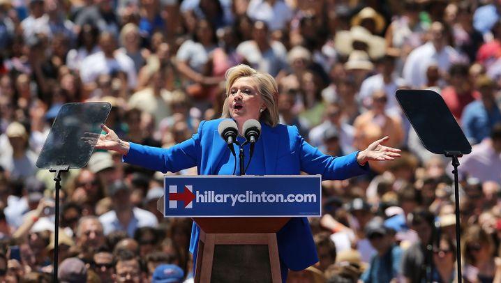Clintons Wahlkampfauftakt: Pomp und Perfektion