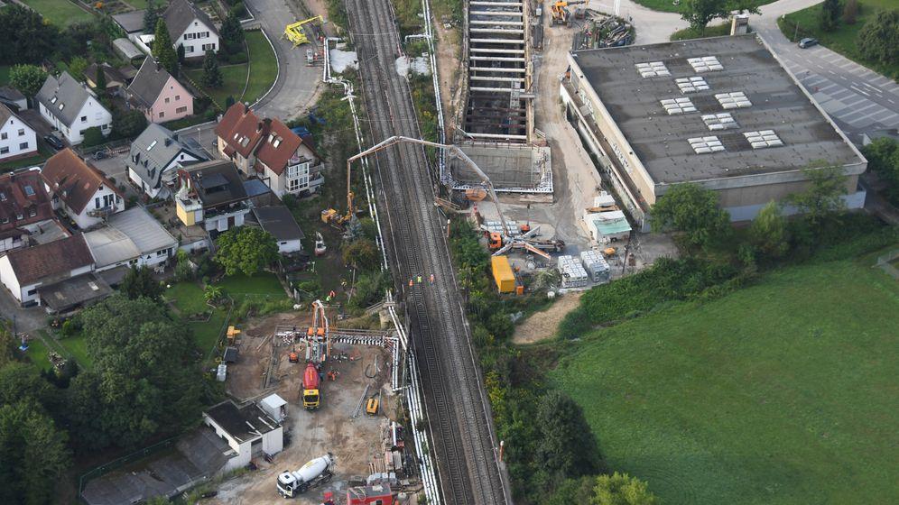 Rheintalbahn: Die ersten Züge fahren wieder