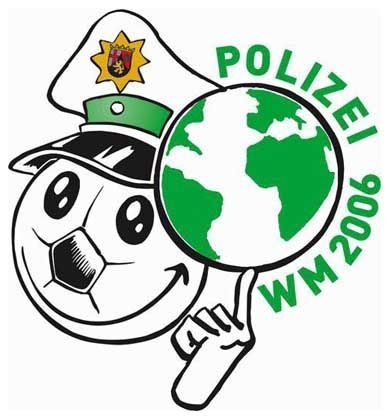 Polizei-Logo zur Fußball WM: Training für die korrekte Ansprache an die Fans