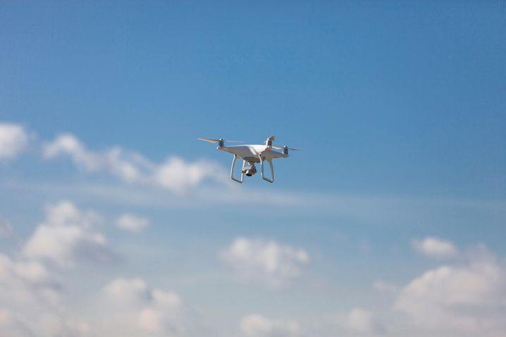Drohnen dürfen Hubschraubern und Flugzeugen nicht in die Quere kommen