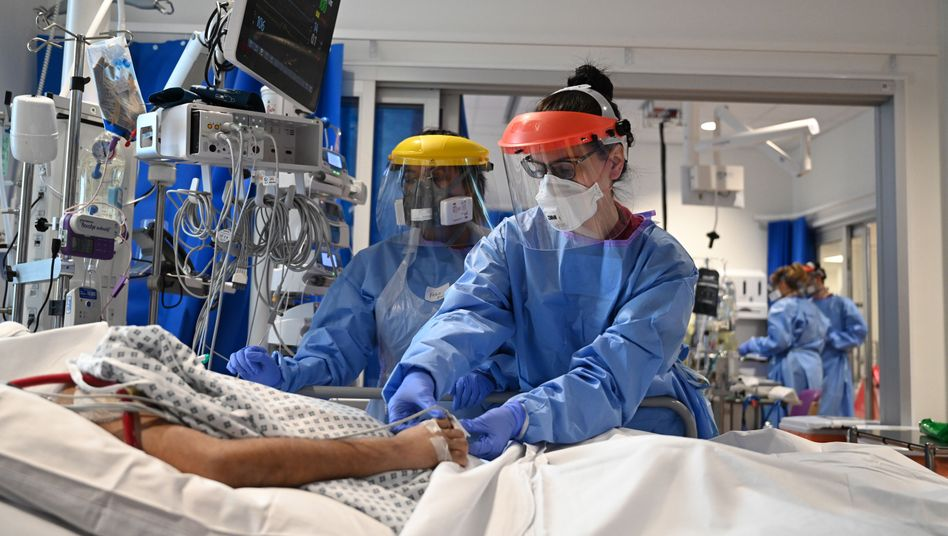 Intensivstation in Cambridge (im Mai 2020): Großbritannien setzt auf neues Verfahren bei Covid-Tests