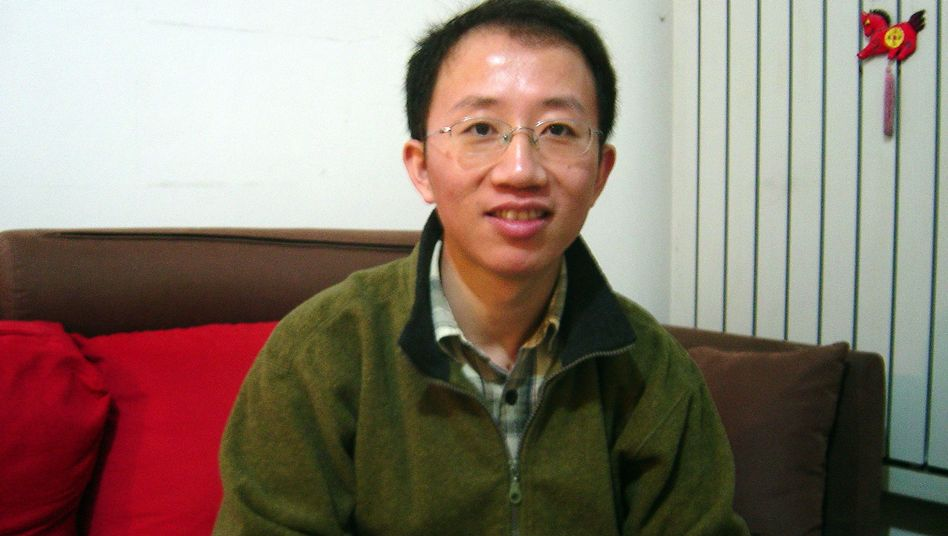 """Hu Jia (im Dezember 2007): Wegen """"Aufruf zur Untergrabung der Staatsgewalt"""" in Haft"""