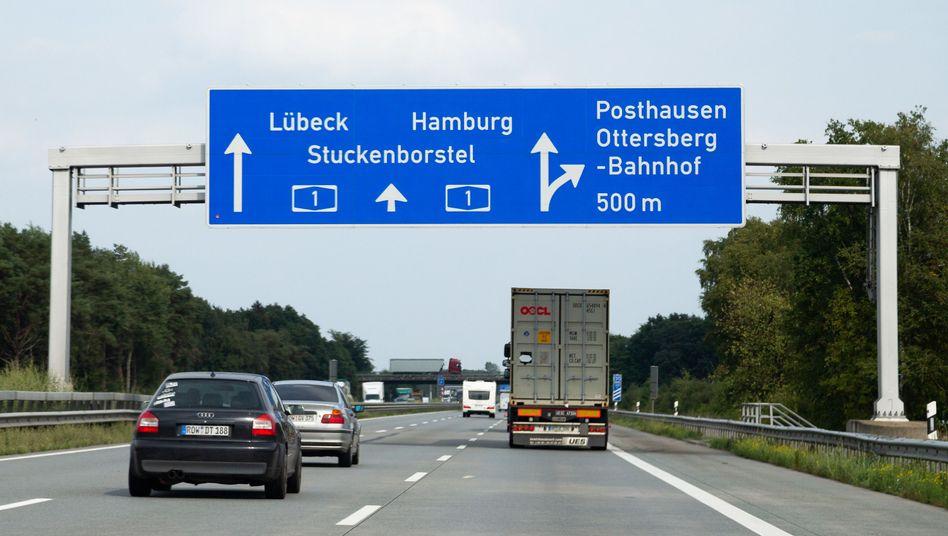 Fahrzeuge auf der Autobahn A1