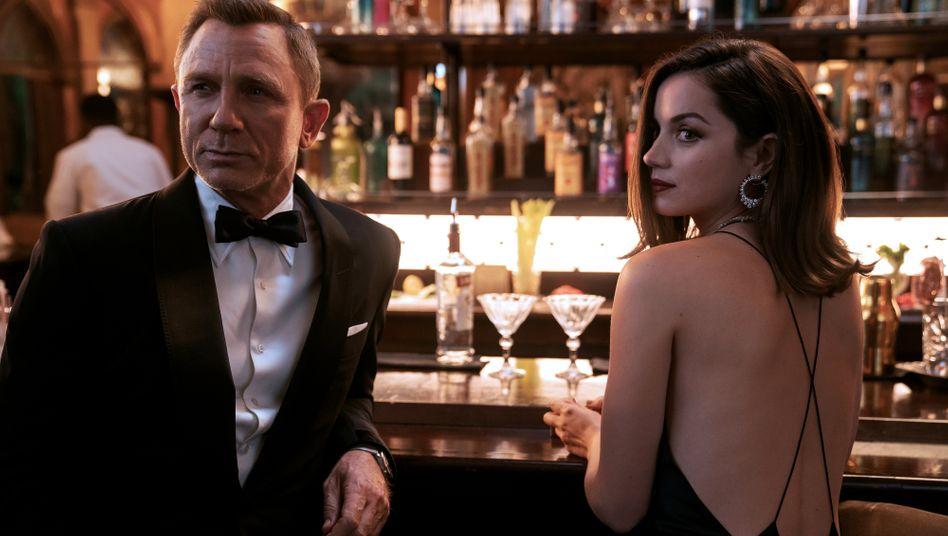 Daniel Craig, Ana de Armas in »Keine Zeit zu sterben«: »Wo zum Teufel stecken Sie?«