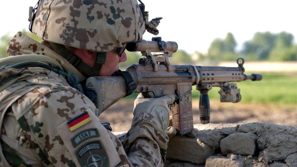 Ein Bundeswehrsoldat in Afghanistan: Rechtextremer Offizier in Kunduz im Dienst?