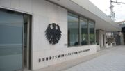 Mitarbeiter im Bundesinnenministerium kritisiert Corona-Maßnahmen