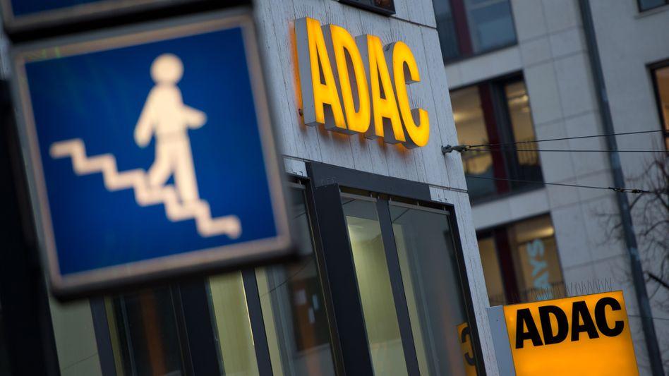 Bloß weg hier: Viele Mitglieder verlassen nach dem Skandal den ADAC