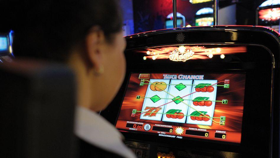Spielautomat: Spielhallen bei Geldwäsche im Verdacht