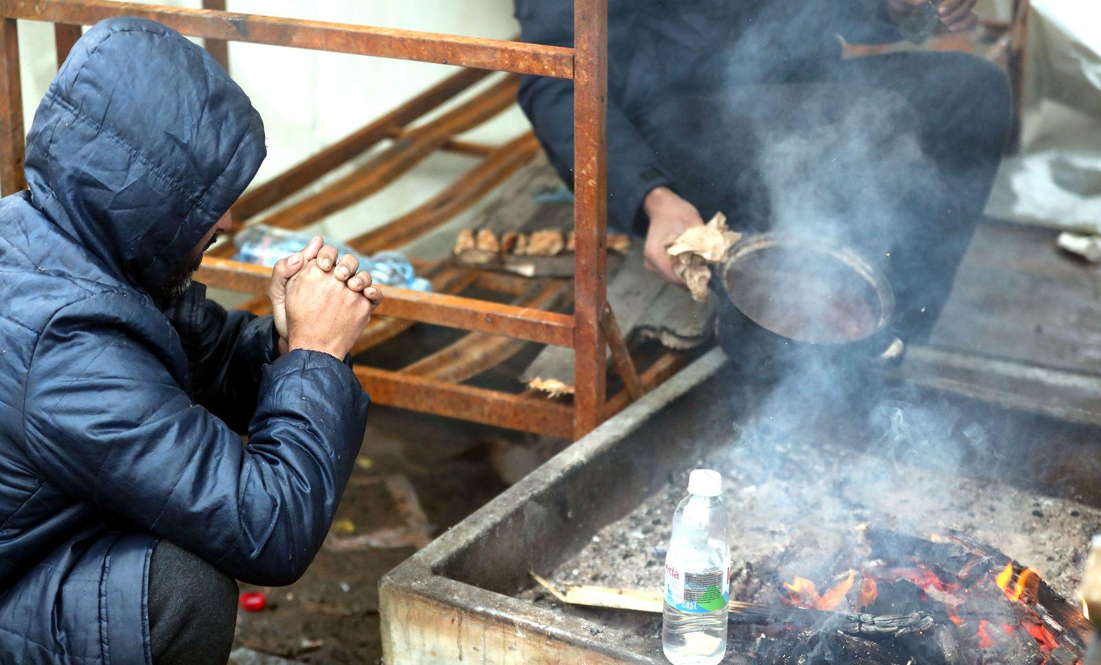 Migrants at Lipa refugee camp in Bihac, Bosnia And Herzegovina - 01 Jan 2021