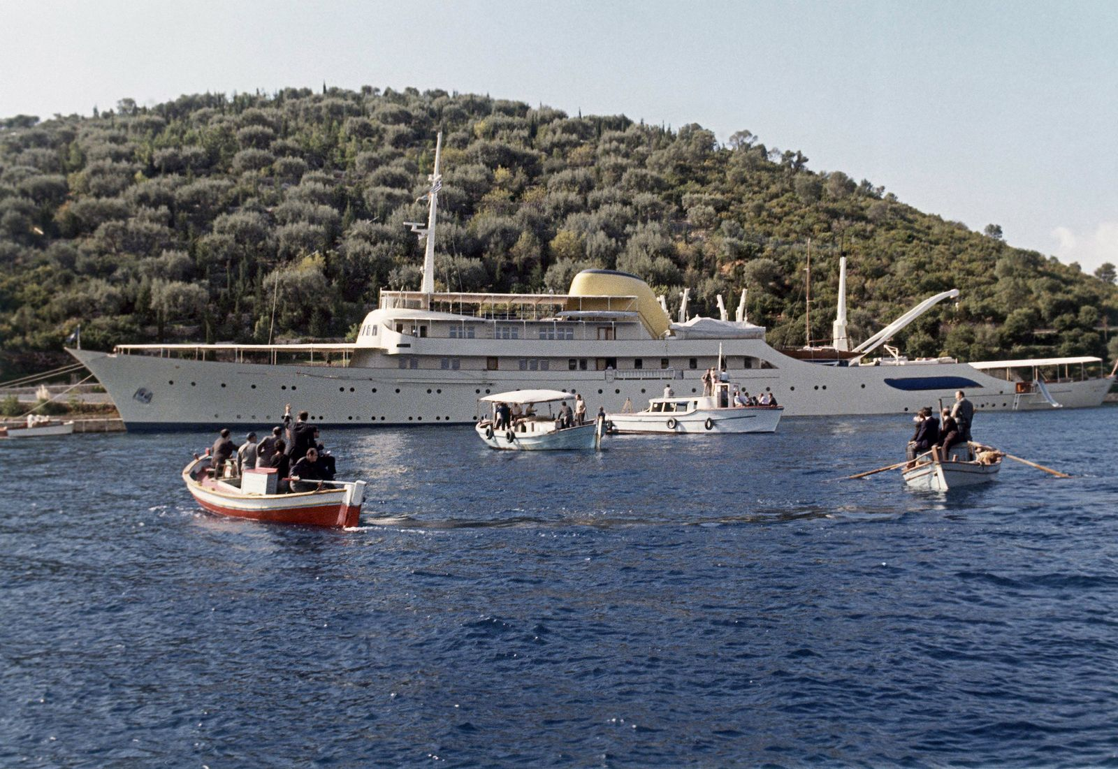 Britain Onassis Yacht
