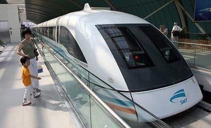 Shanghai's Transrapid line. Residents along the planned extension are appealing to German Chancellor Angela Merkel.